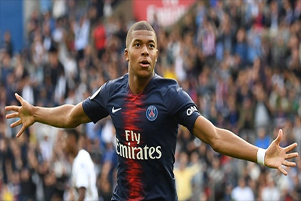 Untitled 1 11 - Demi Real Madrid, Kylian Mbappe Ajukan Permintaan Transfer ke PSG?