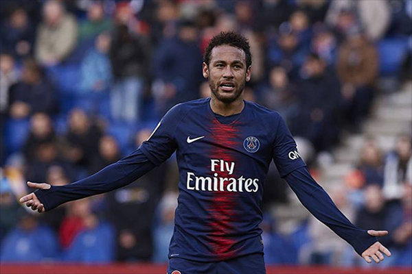 Untitled 1 42 - Tinggalkan PSG, Neymar Menuju Manchester United?