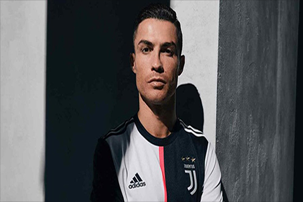Untitled 1 53 - Maurizio Sarri Proyeksikan Cristiano Ronaldo Sebagai 'False Nine'