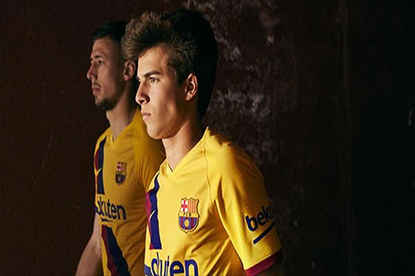 Untitled 1 10 - Inilah Penampakan Jersey Tandang Barcelona 2019/2020