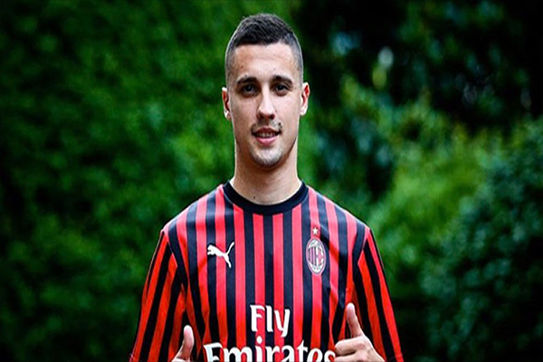Untitled 1 11 - AC Milan Resmi Rekrut Rade Krunic