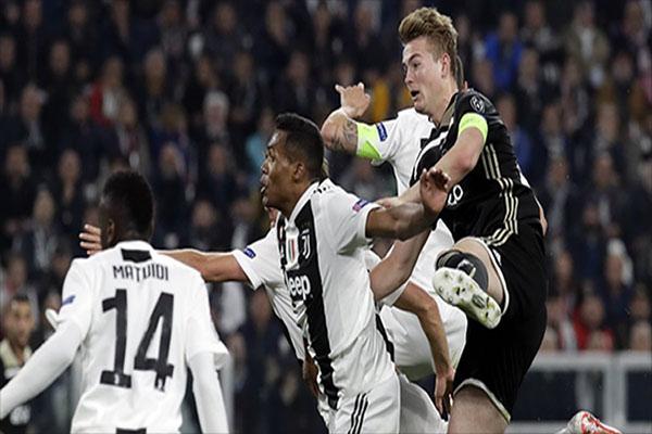 Untitled 1 18 - Direktur Ajax Beri Sinyal Transfer De Ligt ke Juventus Segera Tuntas