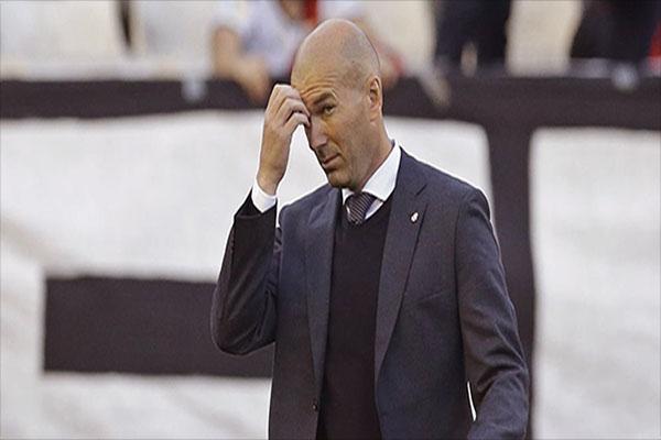 Untitled 1 36 - Real Madrid Kalah Lagi, Zidane: Hanya Satu yang Kurang, Menang!