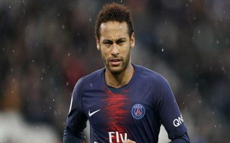 Untitled 1 24 464x290 - Barcelona atau Real Madrid? Ini Alasan Neymar Masih Bungkam