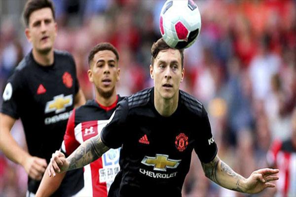 Untitled 1 6 - Manchester United Resmi Perpanjang Kontrak Victor Lindelof