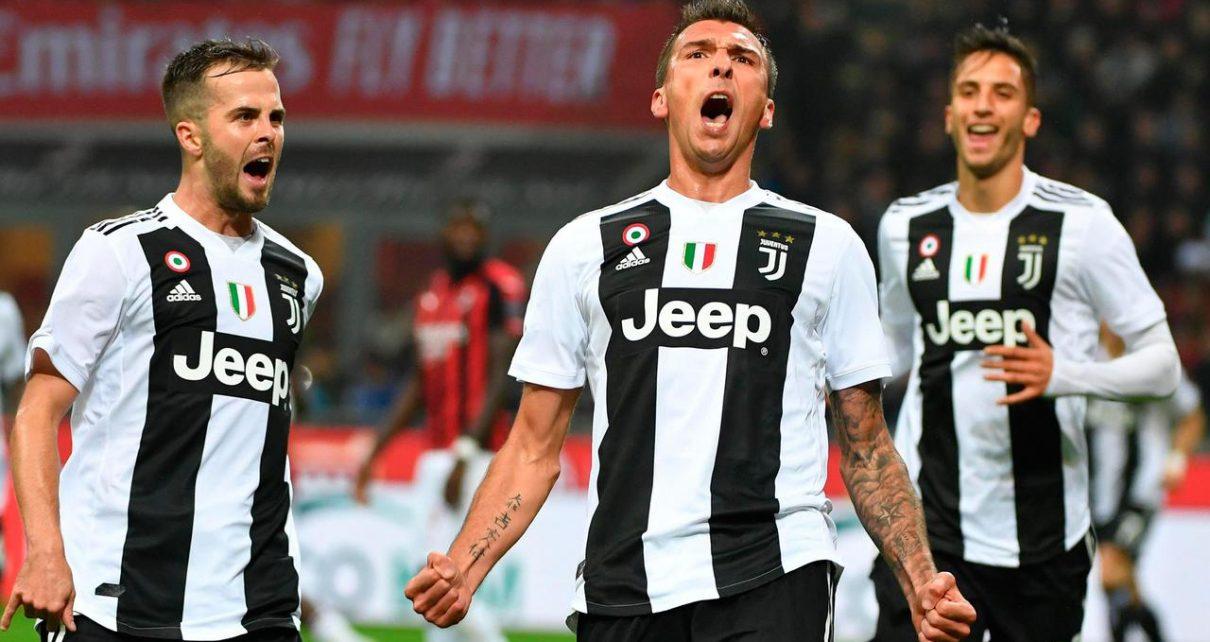 024562800 1541996890 AC Milan Juventus2 1210x642 - Manchester United Harus Segera Rekrut Mario Mandzukic