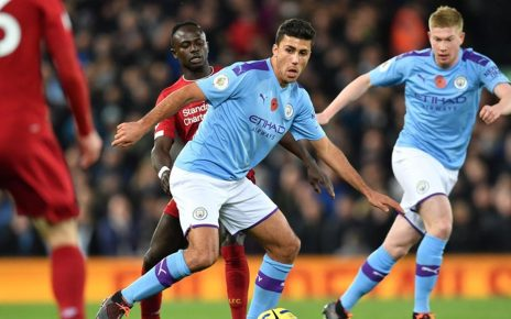 64 464x290 - Vincent Kompany: Manchester City Tak Butuh Bek Anyar