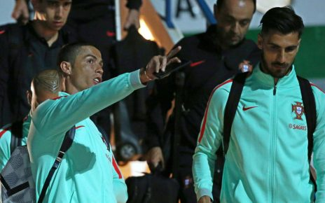 qqsam3 464x290 - Andre Gomes Mendapatkan Pesan Menyentuh Dari Christiano Ronaldo