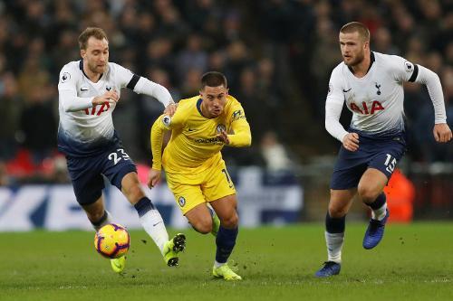 1 8 - Chelsea Bawa Pulang Tiga Angka dari Markas Pasukan Jose Mourinho